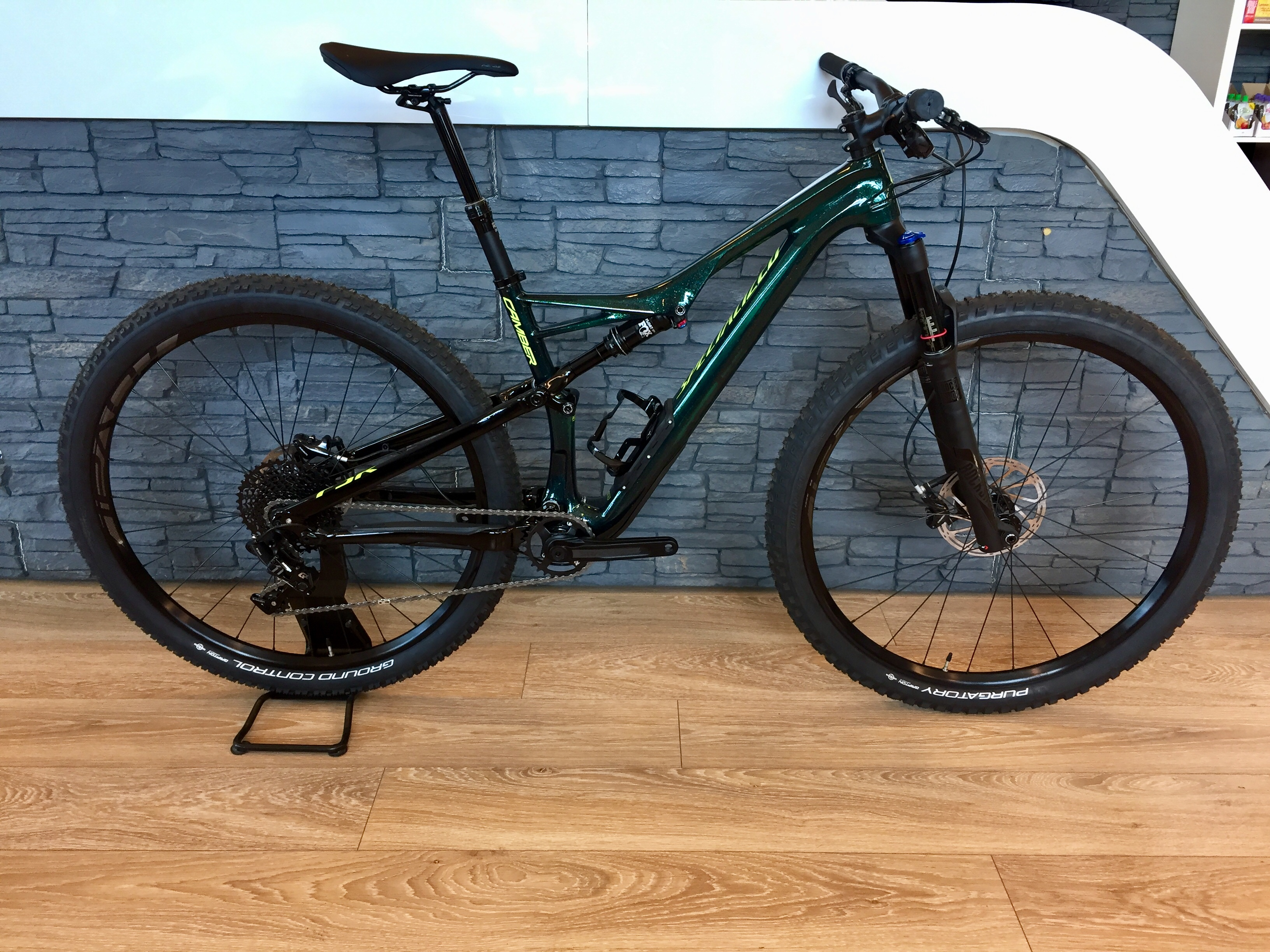 Specialized Camber Comp Carbon M 2018 Image