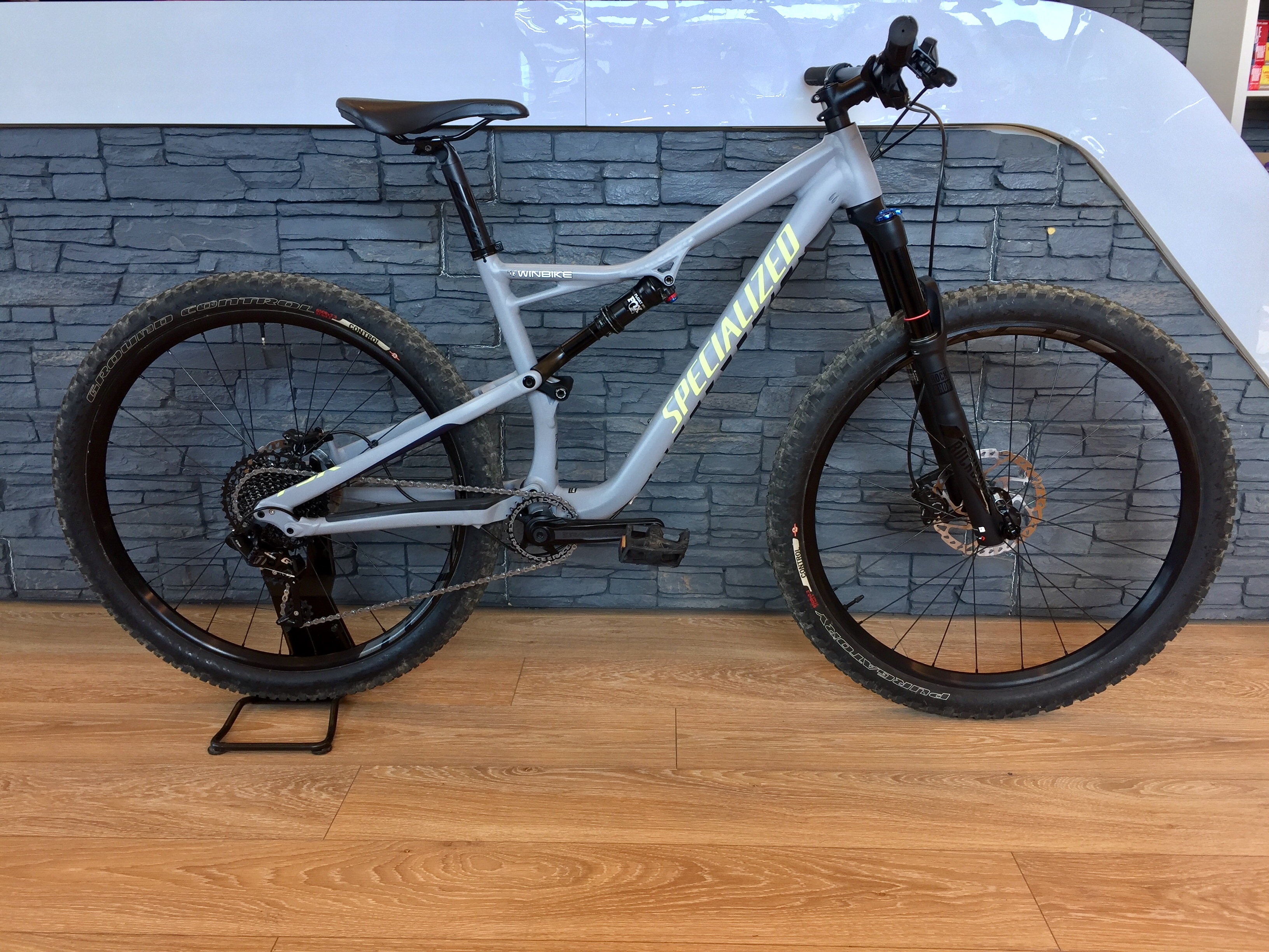 Specialized Camber Wmn Comp 650B T:M 2017 Image