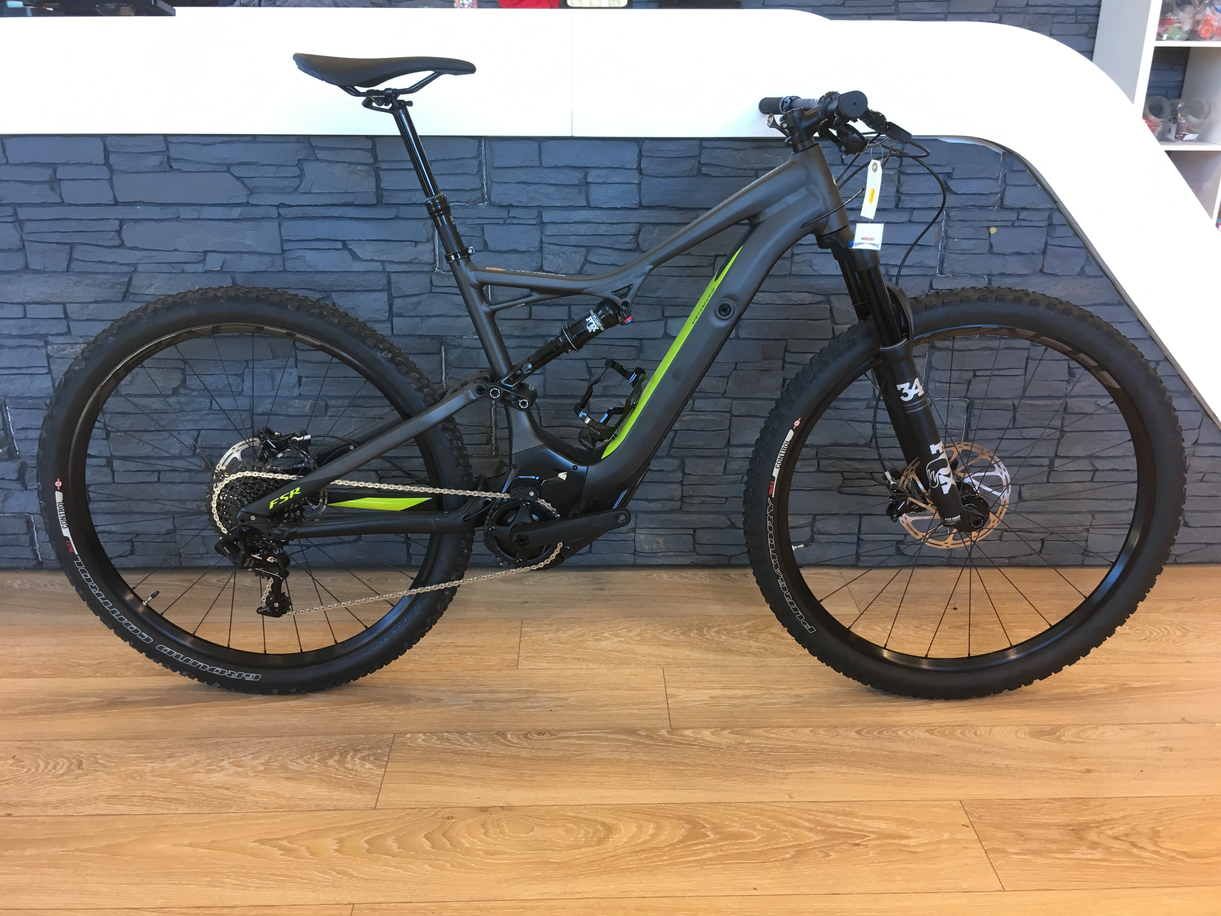 Specialized Turbo Levo FSR Short Travel Comp 29 T:L 2017 Image