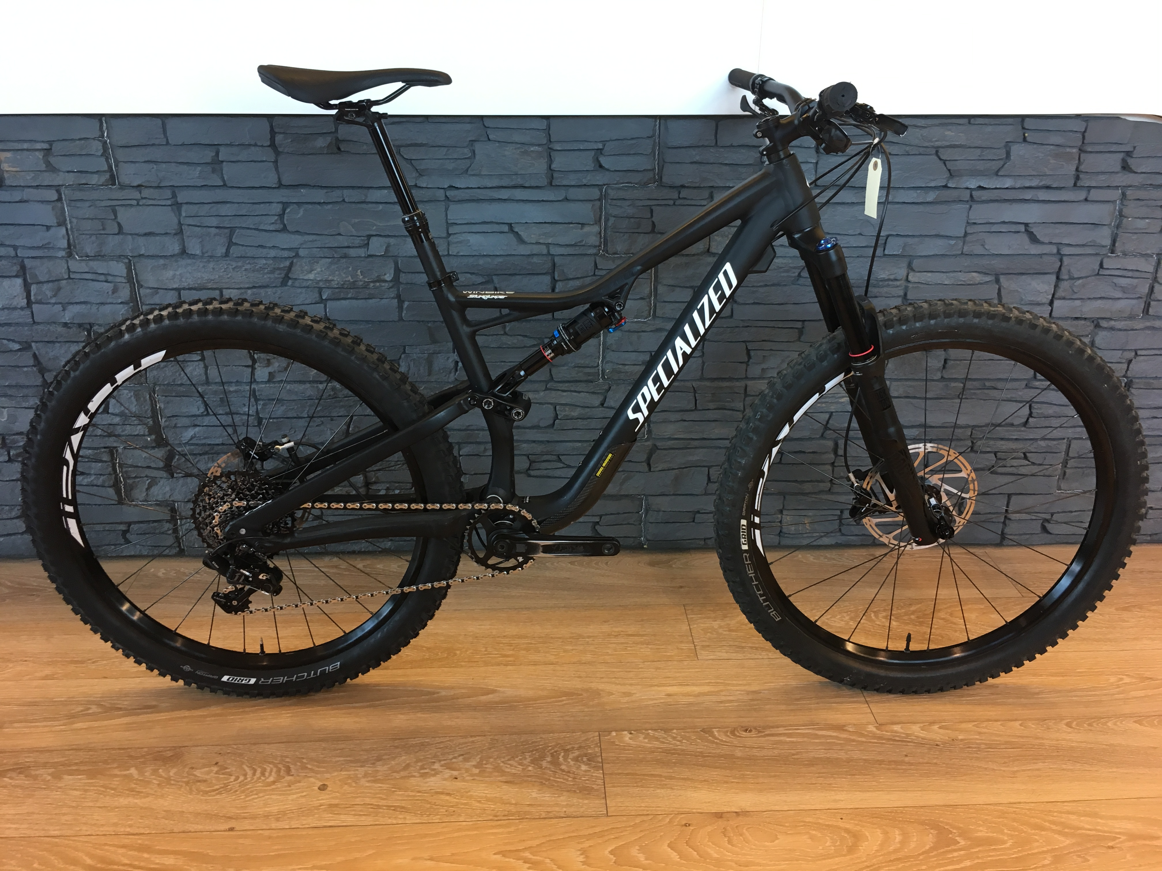 Specialized Stumpjumper Comp 27.5 M 2018 Image