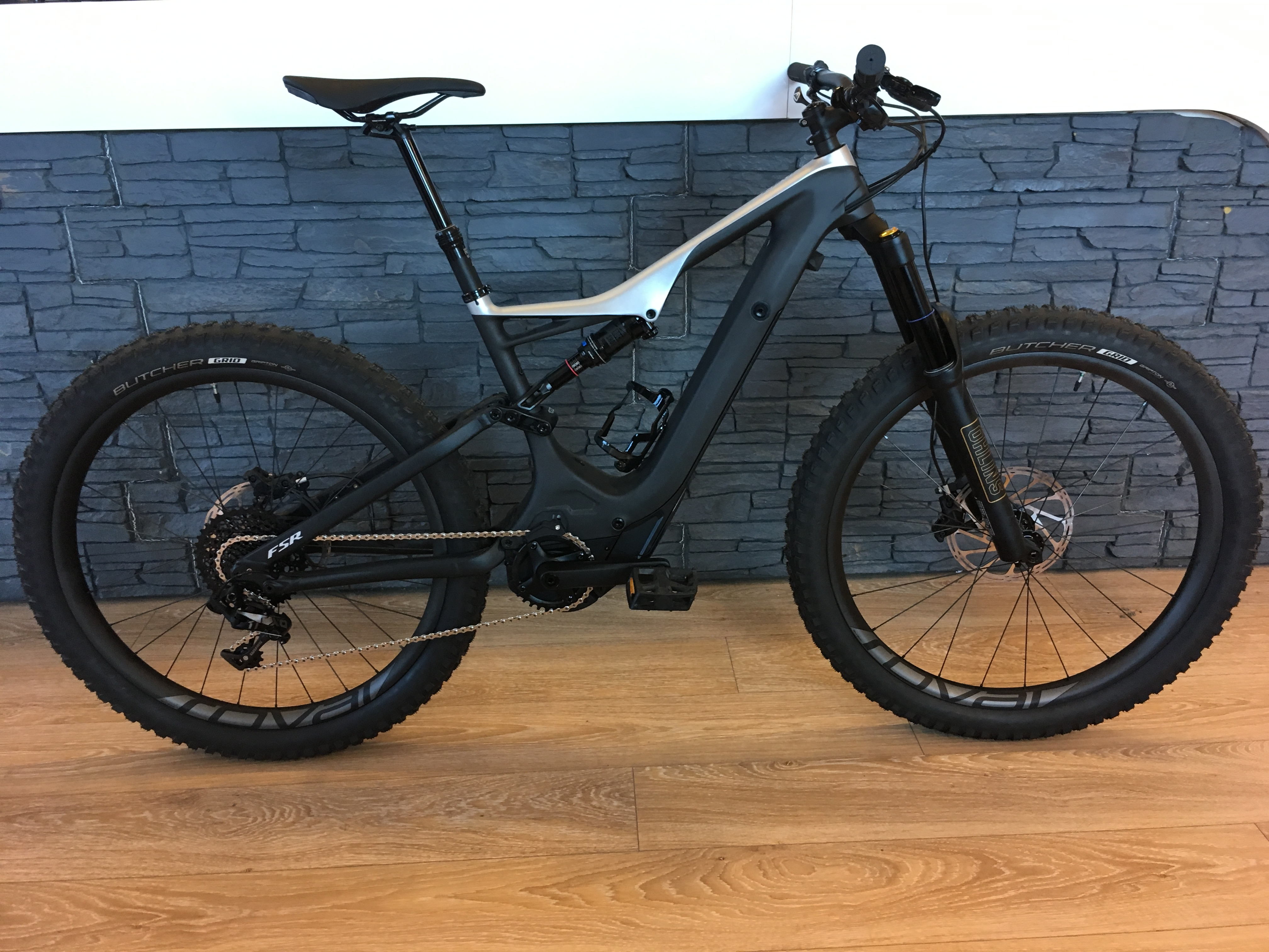 Specialized Turbo Levo FSR Expert Carbon 6Fattie/29 M 2018 Image