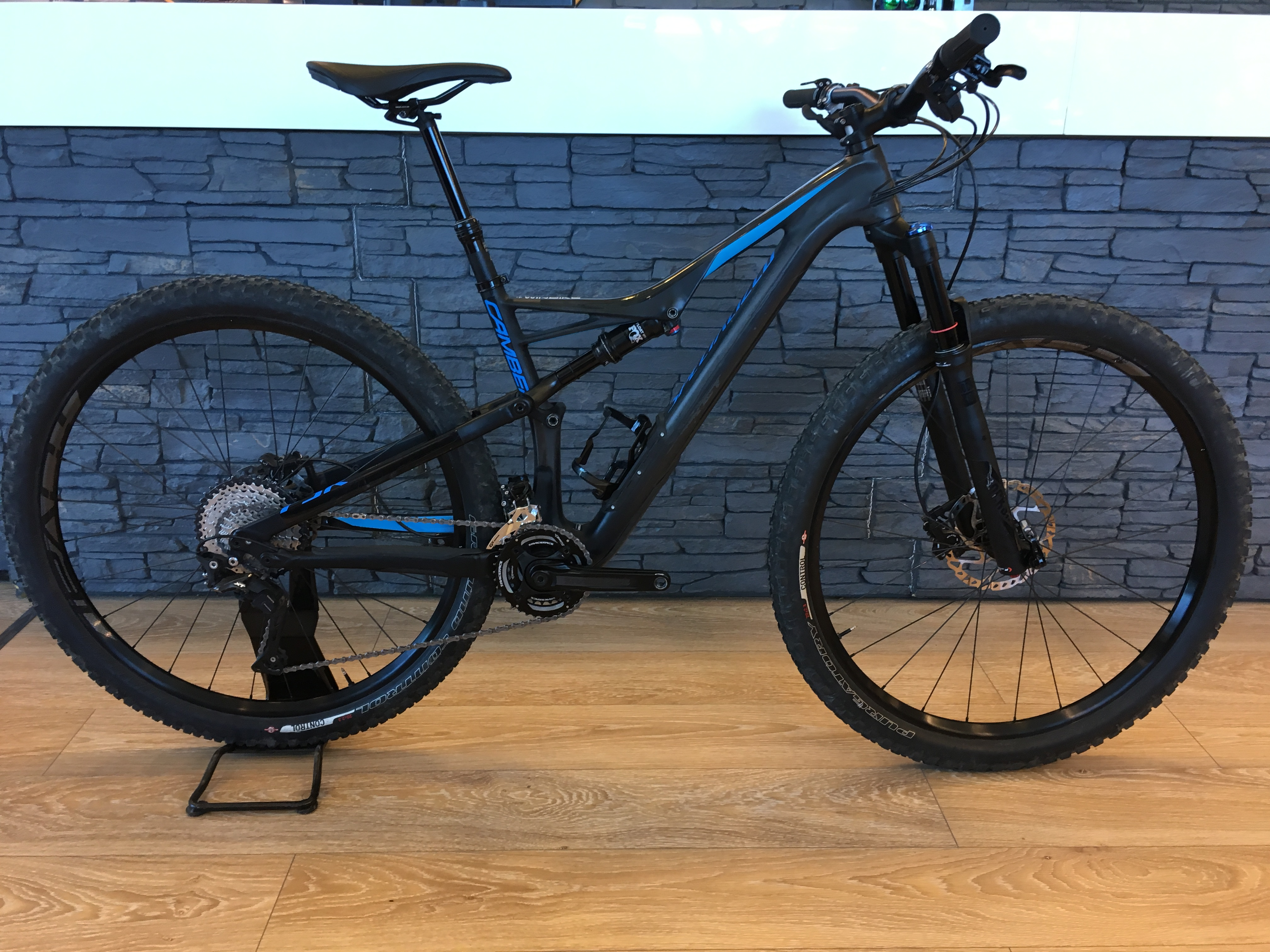Specialized Camber Comp Carbon 29 2x T:L 2017 Image
