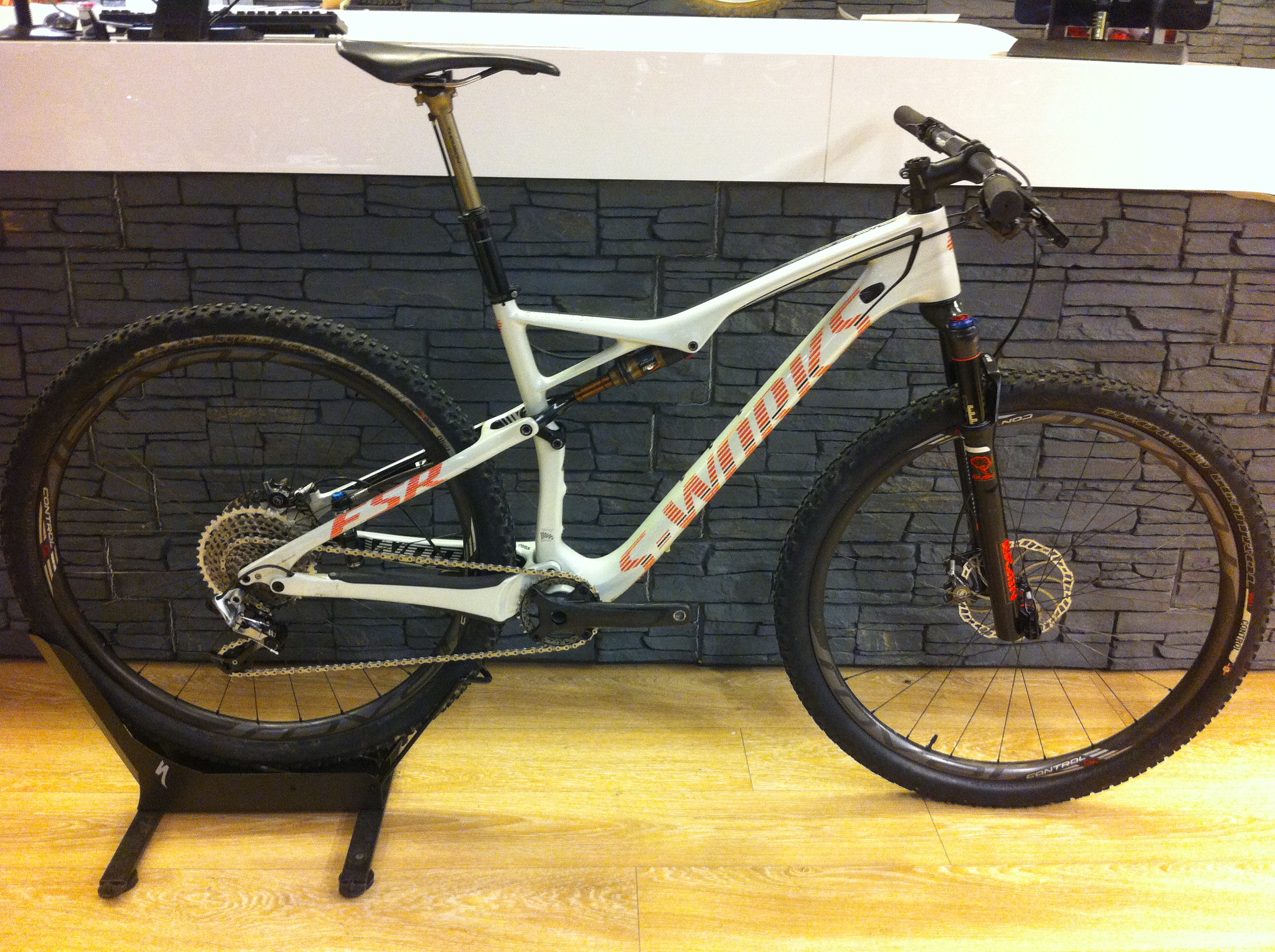 Specialized Epic S-Works WC L 2015 Image